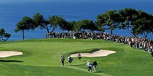 ゴルフギフトに、オーダーメイドゴルフグローブ